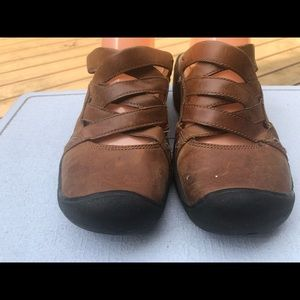Keen Shoes - Keen Women's Brown Leather Slide On Sandals Size 8